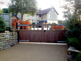 Retaining the existing driveway gates were not a problem