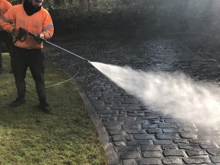 Cleaning Driveway Cobbles